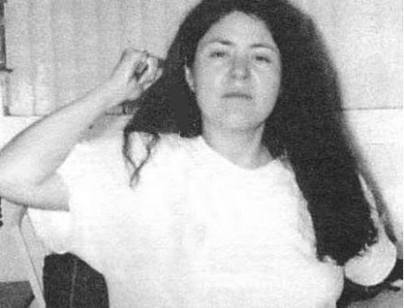 Janet Arvizo holding knife