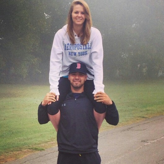 Star Arvizo with his girlfriend on his shoulders
